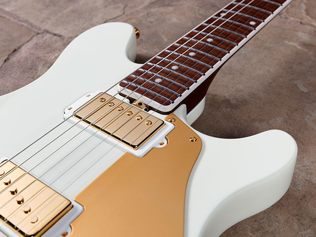 Music Man Valentine ivory white